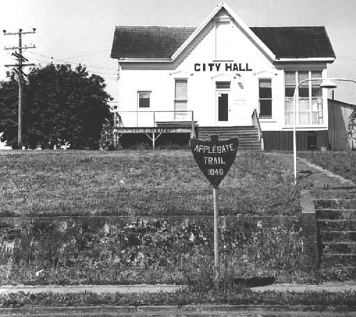 Applegate trail marker and City Hall, Yoncalla, Oregon.