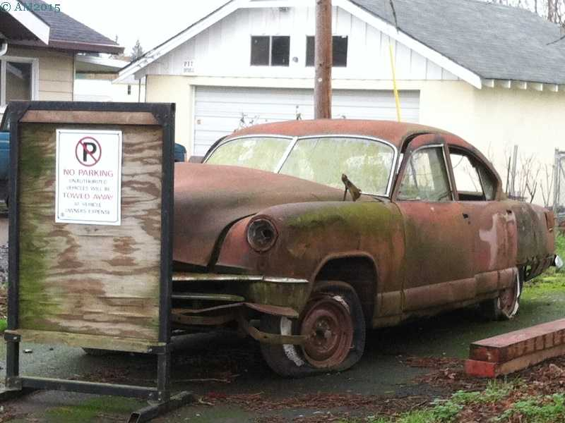 An old car in Marquam, Oregon.