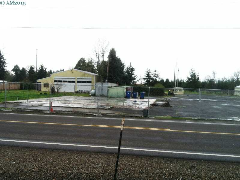 Site of the burned out Mar-Kum Inn in Marquam, Oregon.